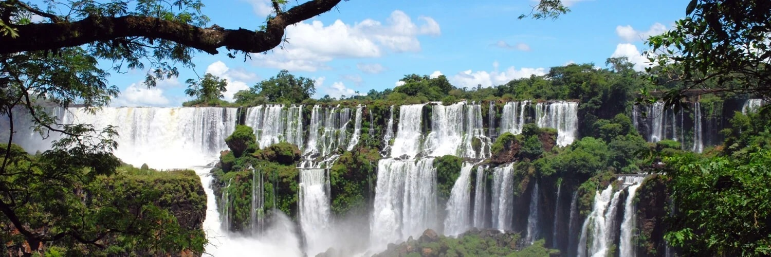 Search London to Iguazú (LGW - IGR) Flight Deals
