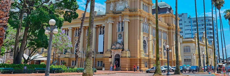Cherchez des Offres de Vols de Barcelone vers Porto Alegre (BCN - POA)